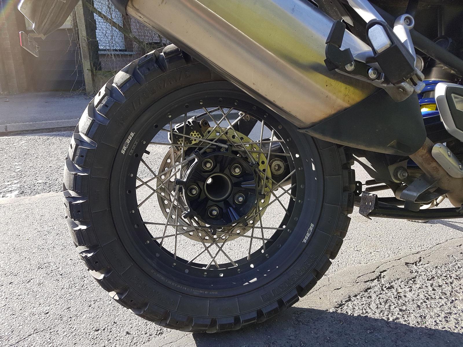 test longue dur e des pneus heidenau k60 scout motard adventure. Black Bedroom Furniture Sets. Home Design Ideas