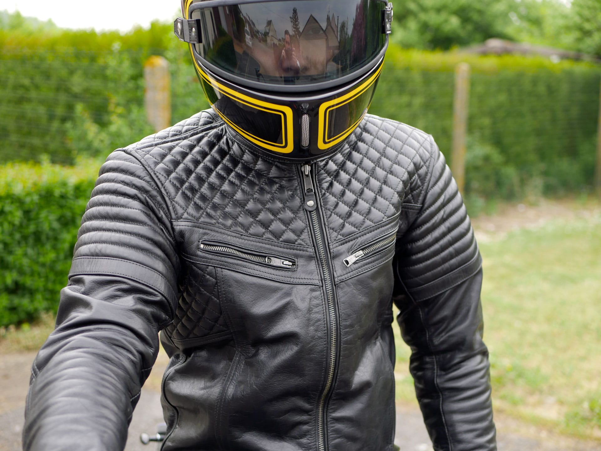 Test du blouson DXR Mark : néo retro classe Motard Adventure